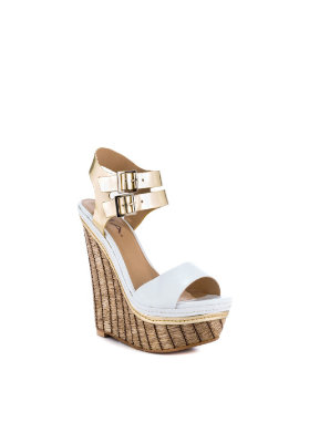 Reasons To Love The New Cute Wedges Shoes