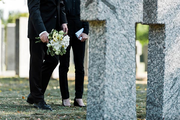 These Are The Pros And Cons Of Burial - Southern Cross Funeral Directors